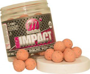 La linea di boilies da innesco Mainline High Impact comprende palline dai colori tenui.